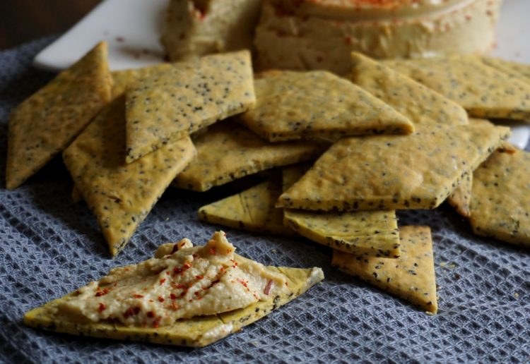 Make your own vegan crackers with no yeast and gluten-free