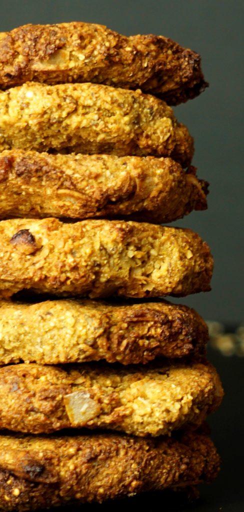 pilha cookies perto
